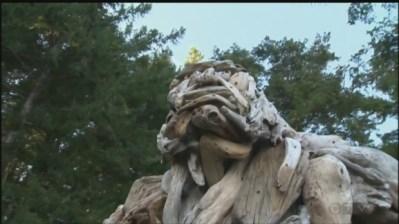 quadra b-c-artist-creates-bigfoot-replica-out-of-driftwood