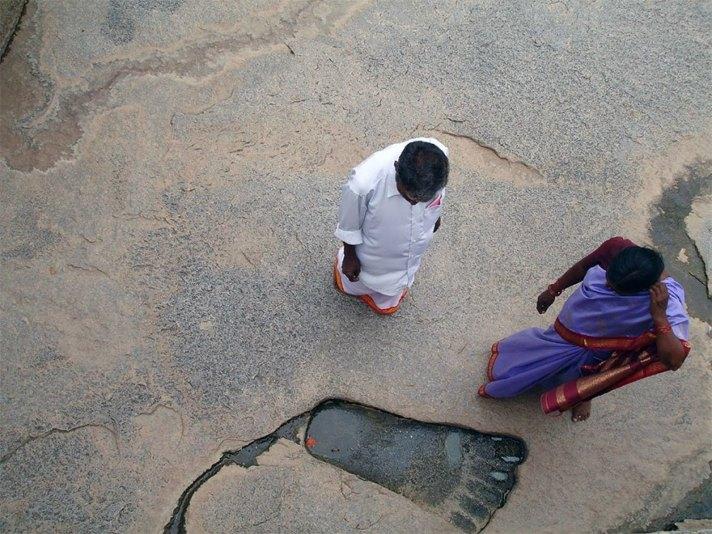 fossil 10 hanuman lepakshi india